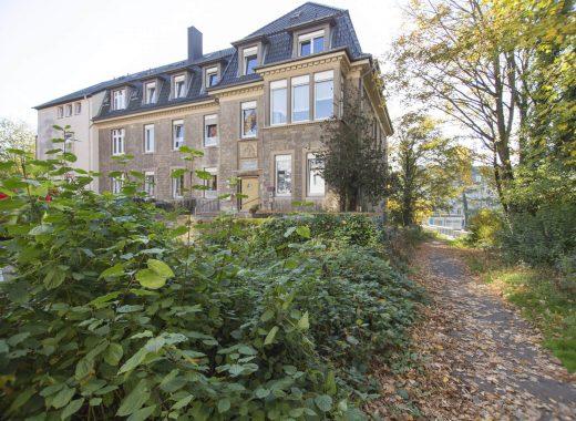Foto: Außenansicht des Gebäudes Petri-Stiftung
